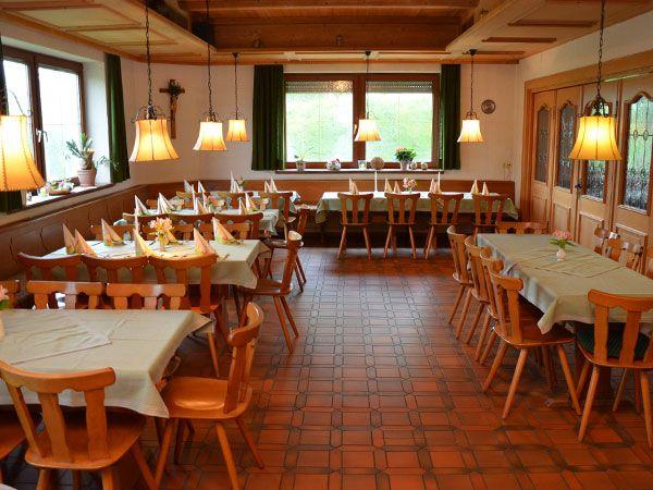 Gasthaus 'Zum Hirsch' großer Nebenraum